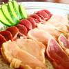 鶏料理専門店みやま本舗 - 料理写真:鶏のタタキ3種盛り