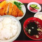 みのり食堂 - 料理写真:カツ定食 700円