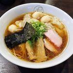 八雲 - 八雲(特製ワンタン麺 黒だし 1,000円 ※肉ワンタン3個・エビワンタン3個入り)