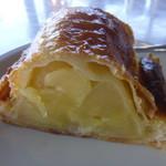 オープンカフェ アカトンボ - 料理写真:アップルパイ 500円