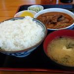 74622753 - もつ煮定食(¥590円 税込)