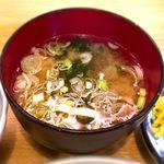 三福 - (ランチ)付け合わせ 味噌汁 2017.9.1