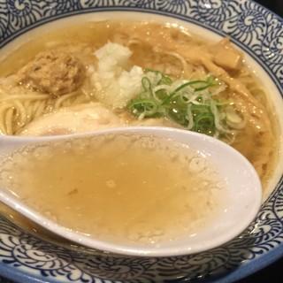 鶏白湯らーめん なかしま堂 - 比内地鶏の塩らーめん(あっさり)730円のスープ