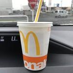 マクドナルド - アイスコーヒー、100円です。
