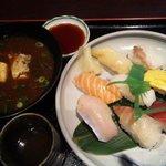 小樽食堂 - 魚市場寿し8貫ランチ
