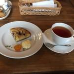 カフェ ル パラディ - 紅茶とセット