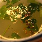 茅場町鳥徳 - 鶏スープにも七味