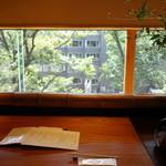 鎌倉 松原庵 欅 - 客席の様子