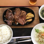 74638684 - ステーキ定食 1000円