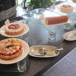 ホテルニューオータニ幕張 ザ・ラウンジ - これでもか!と、さらにいちごケーキ色々