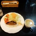 ビストロ エビテイ - サバのマスタード焼ランチ700円