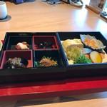 日本料理 鳥羽別邸 華暦 -
