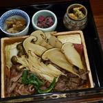 松茸屋 銀座 魚松 - 松茸と近江牛のすき焼き