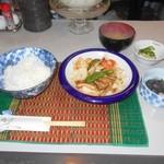泉 - 海鮮野菜炒め定食