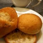 74679750 - スープも付いてます。パンをチョイス
