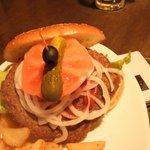 レザーラッシュ - ハンバーガー。