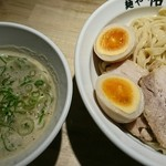 麺や佑 - 鶏豚つけ麺チャシュ増+味タマ♪