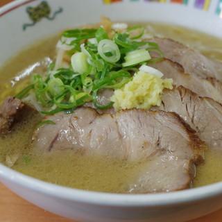 麺屋 彩未 - 料理写真:味噌らーめん、チャーシュー