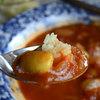 HARU - 料理写真:豆とトマトのカレー(サラダ、ラッシー付き)800円
