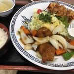 まんぷく亭 - Bセットの唐揚げと酢豚