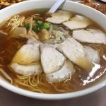 まんぷく亭 - チャーシュー麺大は麺3玉