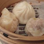 ホテルオークラ 中国料理「桃花林」 - 小籠包 焼売 フカヒレ餃子