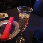 7470692 - シャンパンから
