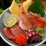 稲安 - 海鮮丼