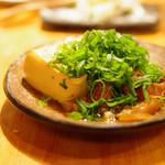 おじんじょ - 牛スジ豆腐の煮込み