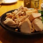 おじんじょ - 神明鶏の肉汁焼き(ヘルシー手羽むね)