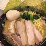 達磨家 - SP豚骨醤油ラーメン(並)920円 並ライス50円