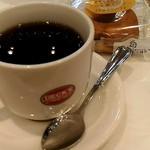 BECK'S COFFEE SHOP - ホットコーヒーとドーナツ。