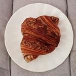 マナのパン工房 - チョコクロワッサン 45円