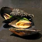 イチリン ハナレ - ムール貝 / おこげ / 水連菜