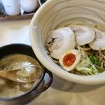 真道 - 真道チャーシューつけ麺¥950 この丼がいい