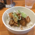 拳玉 - 叉焼丼(ランチタイムは100円引き)