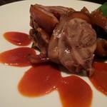 焼肉・韓国料理 KollaBo - チョッパルスモール。盛りつけが素敵。