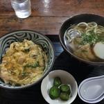 綿家 - 親子丼定食(きつねうどん)