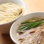 らーめん工房 麺作 - 料理写真:つけそば