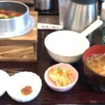 定食と釜飯 あかねや食堂 - ☆うなぎとごぼうの釜飯☆