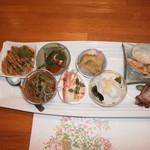 泰山北斗 - 料理写真:前菜