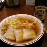 74734239 - 醤油ラーメン 選択すっきりスープ 650円 2017年10月