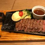 STEAK × WINE 肉バル LIMIT DISH