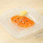 Cafe Apartment 183 - サーモンのマリネ 1000円 信州サーモンを使用しております。