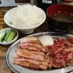 大衆ホルモン肉力屋 - カルビ焼肉定食