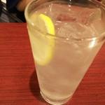 焼肉麻布 - レモンサワー