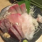 まるさん - 171006金 東京 まるさん 三種盛り?