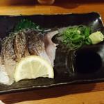 立喰酒場 金獅子 - 炙り〆さば 120円