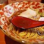 ラーメン 弥五郎 - スープはとてもあっさり味