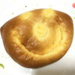 ボン・ボランテ - クリームパン 206円